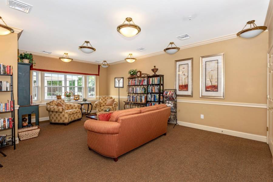 120 Burgess Hill Way, Frederick, Maryland 21702, 2 Bedrooms Bedrooms, ,2 BathroomsBathrooms,Residential,For Sale,Burgess Hill Way,MDFR256828