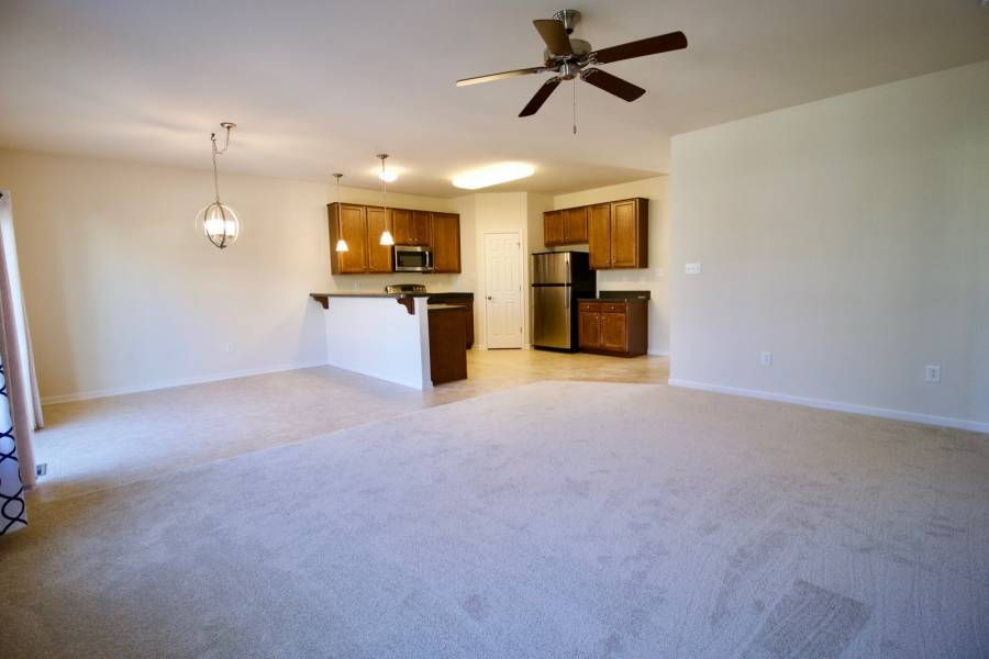 17995 Constitution Cir, Hagerstown, Maryland 21740, 2 Bedrooms Bedrooms, 4 Rooms Rooms,2 BathroomsBathrooms,Residential,For Sale,Constitution Cir,MDWA169236