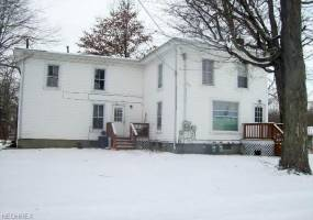 181 Gates,St,Andover,Ohio 44003,4 Bedrooms Bedrooms,2 BathroomsBathrooms,Multi-family,Gates,3777036