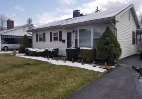 2416 East ELWOOD,CRESCENT,Williamsport,Pennsylvania 17701,3 Bedrooms Bedrooms,7 Rooms Rooms,1 BathroomBathrooms,Rental,ELWOOD,WB-83634