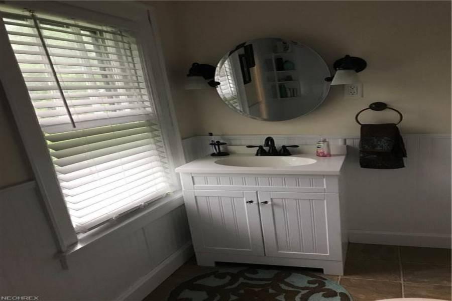 104 Crestlyn,Ct,Marietta,Ohio 45750,3 Bedrooms Bedrooms,6 Rooms Rooms,1.5 BathroomsBathrooms,Residential,Crestlyn,3999236